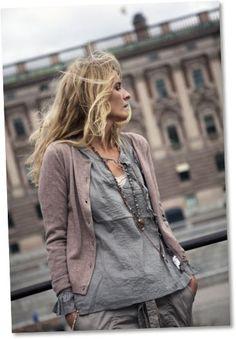 soft plum & misty grey, Soft Summer
