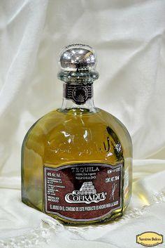 Tequila Reposado La Cofradía