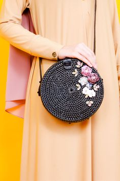 Black Rattan Bag, Customised Bag, Hand-Made Bag, Hijab Fashion or Modest Fashion for women in Modesty. Modesty with Confidence with Zaryluq. Muslim Fashion, Modest Fashion, Hijab Fashion, Skinny Leather Pants, Modest Wear, Custom Bags, Girly Outfits, Cloth Bags, Lolita Fashion