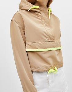 Cropped pouch pocket jacket - Jackets - Bershka United States Within the Sporty Outfits, Mode Outfits, Fashion Outfits, Sport Fashion, Fashion News, Estilo Fashion, Sport Style, Sporty Chic, Formal Evening Dresses
