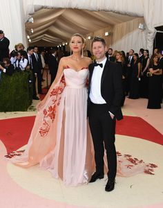 Blake Lively & Christopher Bailey arrive at the Met Museum to celebrate the Manus x Machina exhibition Met Gala