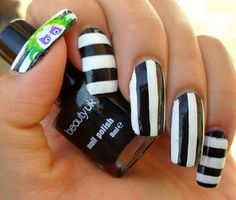 Ash-Lilly's Lacquer Lust: Beetlejuice, Beetlejuice, Beetlejuice (and a little tutorial)!