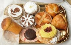 Naples Pastry......