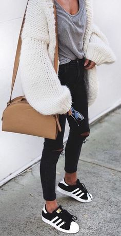 #fall #fashion / oversized chunky knit + gray