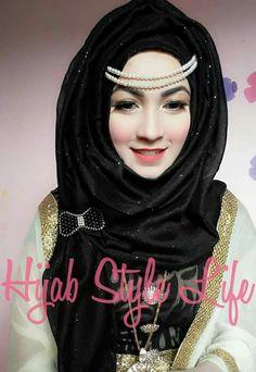 Stylish Hijab, Modern Hijab, Stylish Girl, Muslim Girls, Muslim Women, Dupatta Setting, Hijab Fashion, Girl Fashion, Wedding Hijab Styles