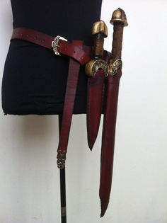http://thecheekylittlegoblin.blogspot.dk/2012/04/sword-tastic.html Just over here daydreaming over this.