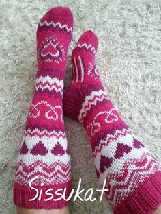 (3) Elisa Webmail :: Kaipaako taulusi Neulontamallit uutta sisältöä? Crochet Socks, Knit Or Crochet, Filet Crochet, Knitting Socks, Knitting Stitches, Knitted Hats, Knitting Patterns, Sock Crafts, Knit Stockings