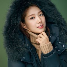 Image may contain: 1 person Korean Actresses, Korean Actors, Park Shin Hye, Ji Chang Wook, Korean Artist, You're Beautiful, Arya, Korean Beauty, Korean Girl
