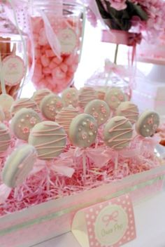 Chocolate covered oreos oreo pops, baby shower parties, baby shower cupcakes for girls, Shower Party, Baby Shower Parties, Baby Shower Themes, Baby Shower Decorations, Shower Ideas, Baby Decor, Bridal Shower Snacks, Oreo Pops, Oreo Cookie Pops