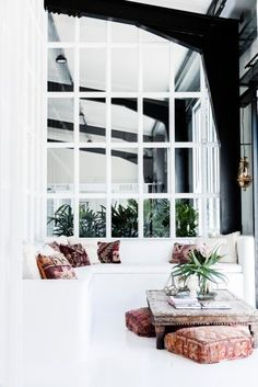 A BOHEMIAN CHIC STYLE OFFICE IN BYRON BAY | THE STYLE FILES
