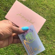Clear Transparent Plastic Business Cards, Foils, design for FREE, custom – Design is art Cute Business Cards, Clear Business Cards, Plastic Business Cards, Free Business Card Design, Beauty Business Cards, Salon Business Cards, Artist Business Cards, Creative Business Cards, Photos Folles