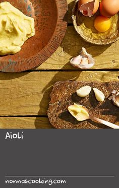 You'll find yourself coming back to this quick and simple aïoli recipe that's sure to please all garlic lovers. Serve it with baked potato, on burgers, or with crisp beer-battered seafood. Garlic Potatoes Recipe, Garlic Recipes, Baking Recipes, Seafood Bake, Seafood Recipes, Potato Crisps, Baked Potato, Baked Liver Recipes, Quick Potato Recipes