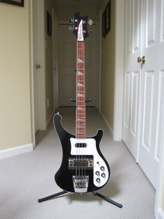 Rickenbacker 4003: Geddy Lee of RUSH
