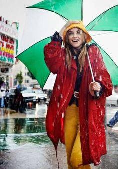 Elyse Saunders Rain Girl Elyse Saunders by David Burton Rain Girl Elle Italia April 2011 51 Walking In The Rain, Singing In The Rain, Rain Fashion, Girl Fashion, Weather Vain, David Burton, Under The Rain, Rain Photography, Under My Umbrella