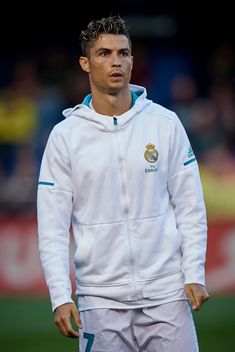 VILLARREAL, SPAIN - MAY Cristiano Ronaldo of Real Madrid looks on prior the La Liga match between Villarreal and Real Madrid at Estadio de la Ceramica on May 2018 in Villarreal, Spain. (Photo by Quality Sport Images/Getty Images) Ronaldo Memes, Cristino Ronaldo, Ronaldo Football, Cristiano Ronaldo Haircut, Cristiano Ronaldo Juventus, Cr7 Wallpapers, Cristiano Ronaldo Wallpapers, Ronaldo Real Madrid, Soccer Players