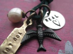 Real Or Not Real Hunger Games Inspired Hand Stamped par PeaceofMind