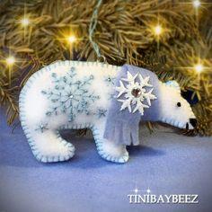 Felt Christmas Decorations, Felt Christmas Ornaments, Christmas Tree, Dog Ornaments, Pink Christmas, Xmas, Felt Embroidery, Christmas Embroidery, Felt Applique