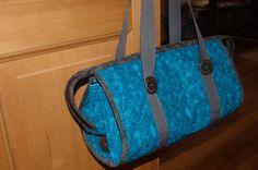 Tyrkysová....to je barva :-)