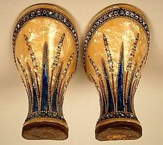 Art Deco - Jeweled Heels From Shoes Circa The Art Deco Fashion, Fashion Shoes, Zapatos Mary Jane, 1920s Shoes, 1920s Flapper Shoes, Edwardian Shoes, Moda Art Deco, Vintage Outfits, Vintage Fashion