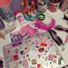 aesthetic retro 90s room girly stickers decor instagram childhood mabel pines pink inspiration