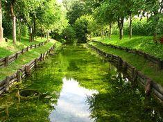 Il Parco Fontanili di Capralba si trova nella parte settentrionale della pianura cremasca ed è caratterizzato dai fontanili risalenti all'XI-XII secolo.