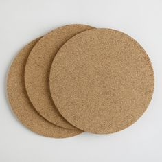 Your piping hot cakes, casseroles and pies will cool evenly and safely on our Round Cork Trivets. And when they're not in use, their slim design make them storable almost anywhere.