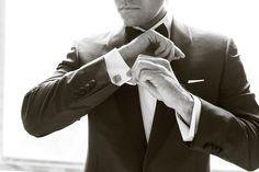 Chic Grooms Look - black tie, white shirt, cufflinks.  #groom #blacktie  Photography: Randy Coleman