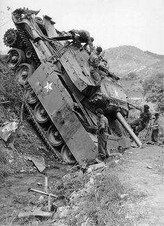 The downed centurion to the North of Seoul, on 22 June 1951 the Korean war.