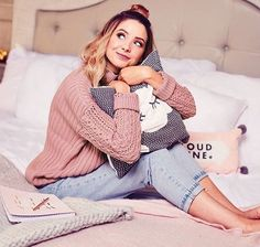 zoella❤️ Source by style fall Zoella Outfits, Zoella Hair, Zoella Lifestyle, Sugg Life, Zoe Sugg, Girl Online, Celebs, Celebrities, Identity