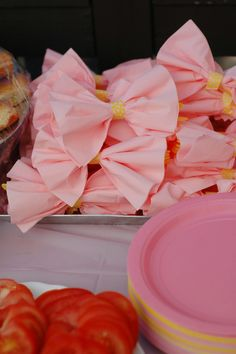 Family, home, parties, design & everything in between: Lucy's pink lemonade 1st birthday party!