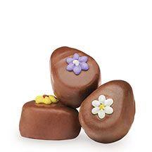 View the See's Candies selection of Easter candy & chocolate includes traditional Easter treats like Easter candy baskets, chocolate Easter eggs & rabbits! See's Candies Chocolate Butter, Easter Chocolate, Chocolate Gifts, Easter Candy, Easter Treats, Peanut Butter Eggs, Candy Flowers, Candy Gifts, Candy Shop