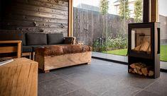 Outdoor Rooms, Outdoor Living, Dream Garden, Home And Garden, Cabin Interiors, Patio Roof, Home Look, Jacuzzi, Wood Design