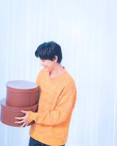 バレンタインは妄想スイッチをON♡吉沢亮くんとまったりお家デート|MERY [メリー] Ryo Yoshizawa, It Cast, Japanese, Actors, Film, Celebrities, Movie, Celebs, Movies