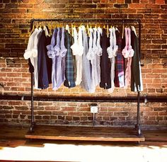 Reclaimed Wood Large Rolling Garment Rack by TylerKingstonWoodCo Shop Interior Design, Retail Design, Store Design, Industrial Cafe, Industrial Style, Design Industrial, Reclaimed Wood Shelves, Wood Shelf, Garment Racks