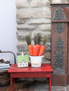 Thrifty Easter decor, cottage fireplace. Dagmar's Home, DagmarBleasdale.com #spring #Easter #Eastereggs #homedecor #carrots #DIY #cottage #farmhouse #diyhomedecor