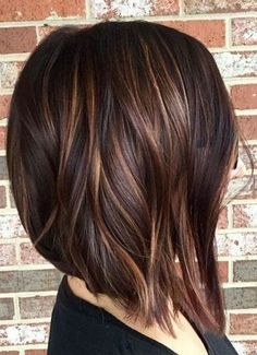 100 New Short Hairstyles for 2019 – Bobs and Pixie Haircuts, Today's article is … - Schulterlange Haare Ideen New Short Hairstyles, Straight Hairstyles, Pixie Haircuts, Haircut Short, Haircut Bob, Pixie Hairstyles, Hairstyles For Over 40, Med Haircuts, Brown Bob Haircut