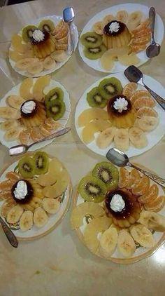 Good Food, Yummy Food, Food Platters, Dessert Decoration, Food Goals, Cream Of Chicken Soup, Healthy Salad Recipes, Food Presentation, Diy Food