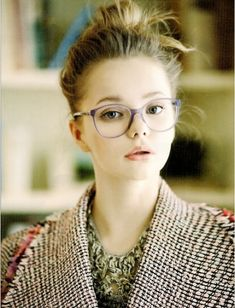 A fabulous frame that fits your face can take your look from geek to chic  in · Lunettes De Vue ... e829aef596cd