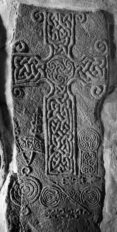 Scanned image of Dyce, Saint Fergus' Church, Pictish cross-slab. General view.
