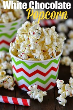 White Chocolate Popcorn - this tastes like popcorn balls but SO much easier to make. Perfect for a crowd! | Life in the Lofthouse