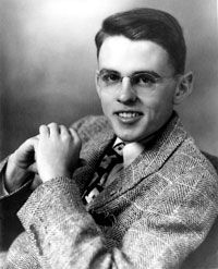 Unitarian Universalist minister James Reeb died March 11, 1965 from injuries received two days earlier during the second Selma-to-Montgomery civil rights march. #TodayInBlackHistory