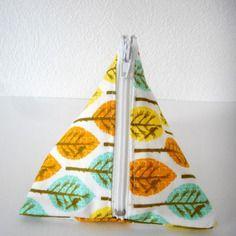 Trousse berlingot - porte monnaie - motif feuilles