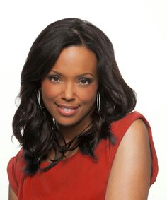 Aisha Tyler - guest model on The Price is Right