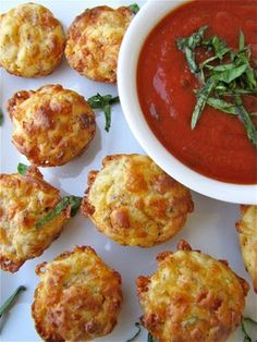 I'm looking for finger foods I can prepare in advance.  These Pepperoni Pizza Puffs from Susi's Kochen Und Backen Adventures look perfect!
