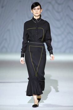 Elenareva   Fall 2016 Ready-to-Wear Collection — Ukraine   Vogue Runway