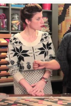 Mary Fons' sweater from an episode of Quilty