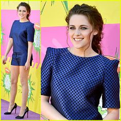 Kristen Stewart looked young and funky on the Kids Choice Awards 2013 Red Carpet in a cobalt blue and black checkered print Osman ensemble