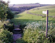Walk the Wolds Way, East Yorkshire