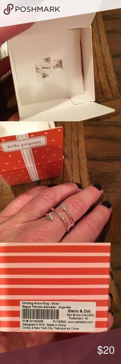 Stella and Dot Winding Arrow Ring Like new.  Worn a few times.  Original box included.  Size M/L but adjustable. Stella & Dot Jewelry Rings