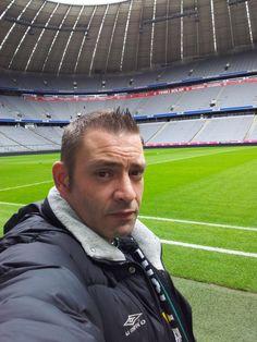 """Erwin Lennartz in München für Sport 1 """"Fantausch"""" beim FC Bayern München"""